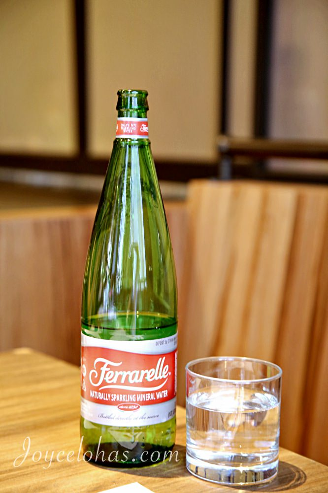 高质量矿泉水瓶子手工制作